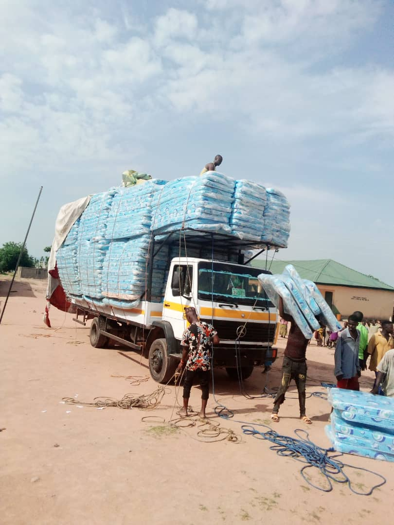 The touching story of distribution of mattresses in TARABA STATE ...